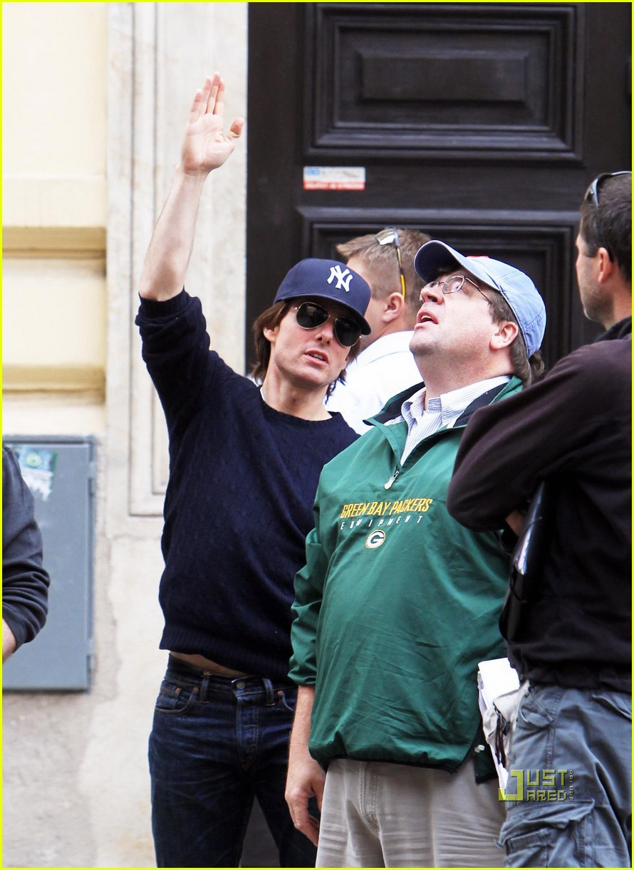 tom cruise scouting location prague 12