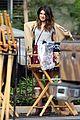 shenae grimes 90210 set floral skirt 03