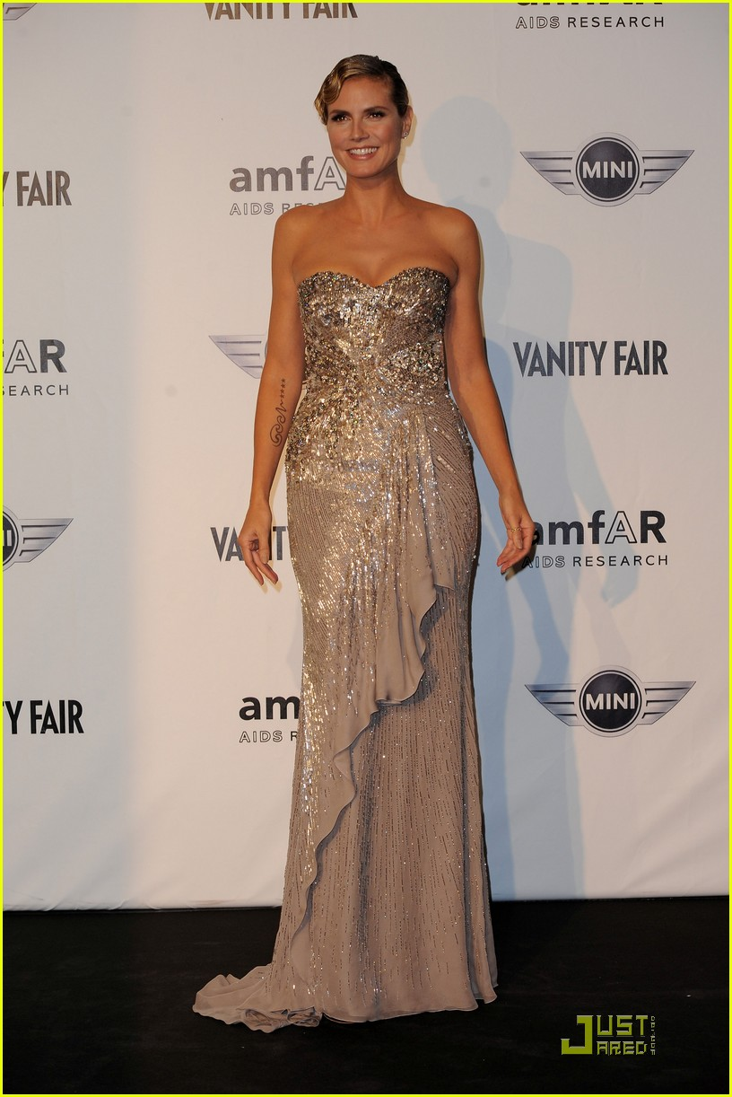 heidi klum amfar milano at milan fashion week 01