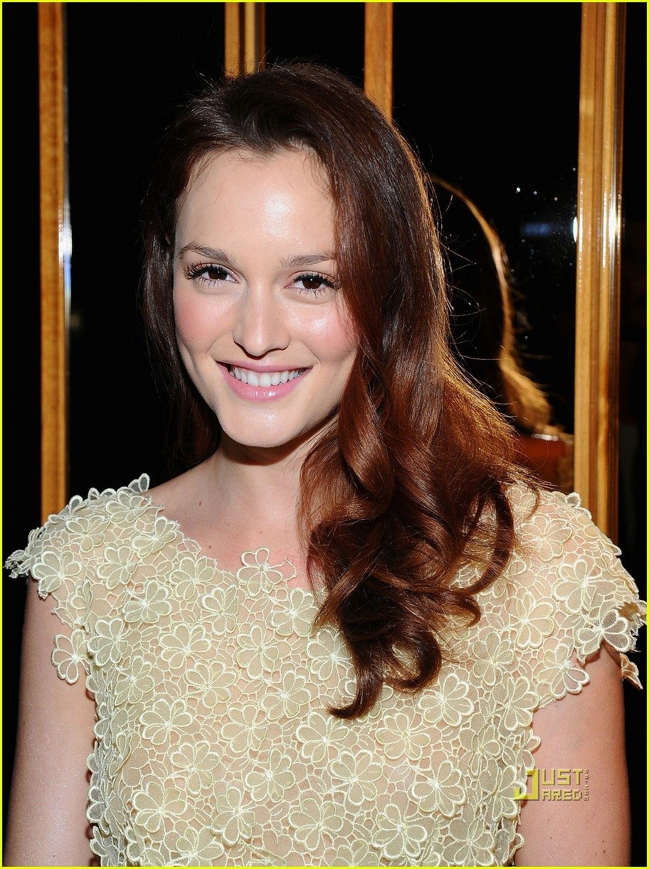 leighton meester v magazine party 03