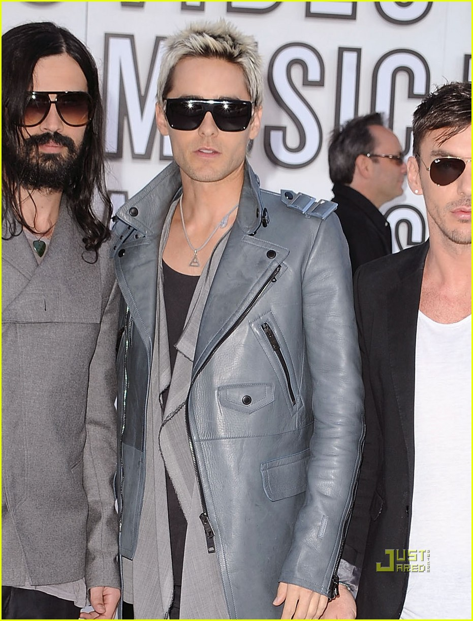 jared leto vmas red carpet 2010 022479599