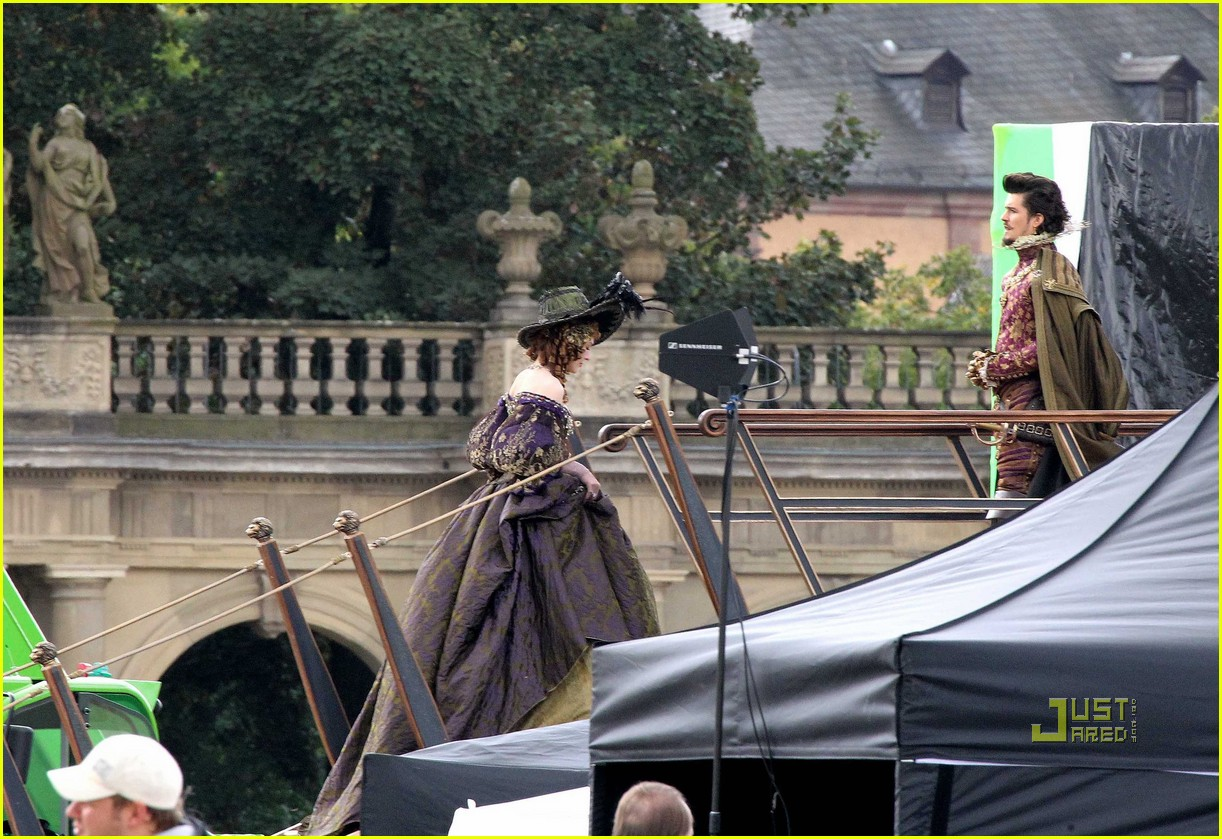 orlando bloom three musketeers 23