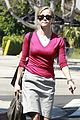 reese witherspoon errands santa monica 04