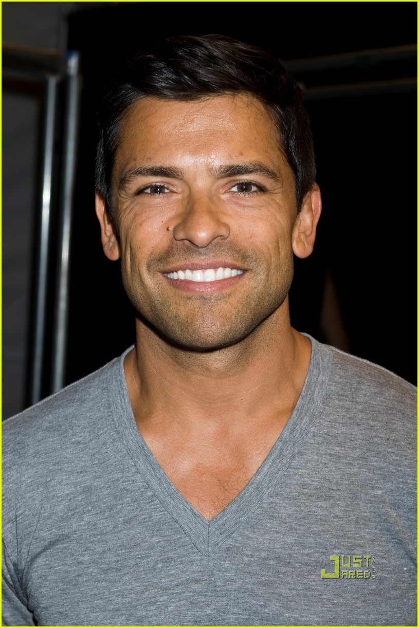 mark consuelos christian siriano 09