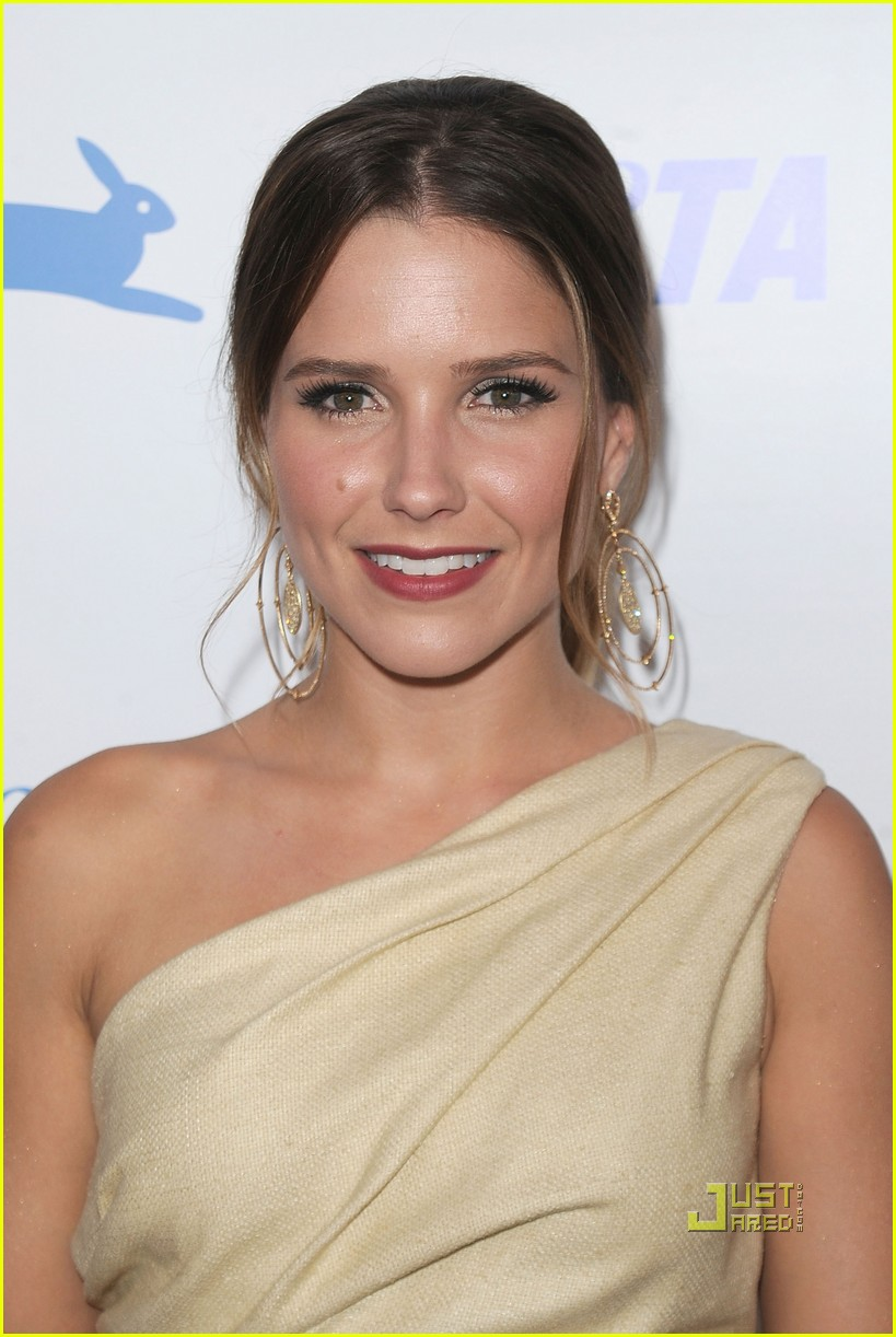 sophia bush peta awards 06