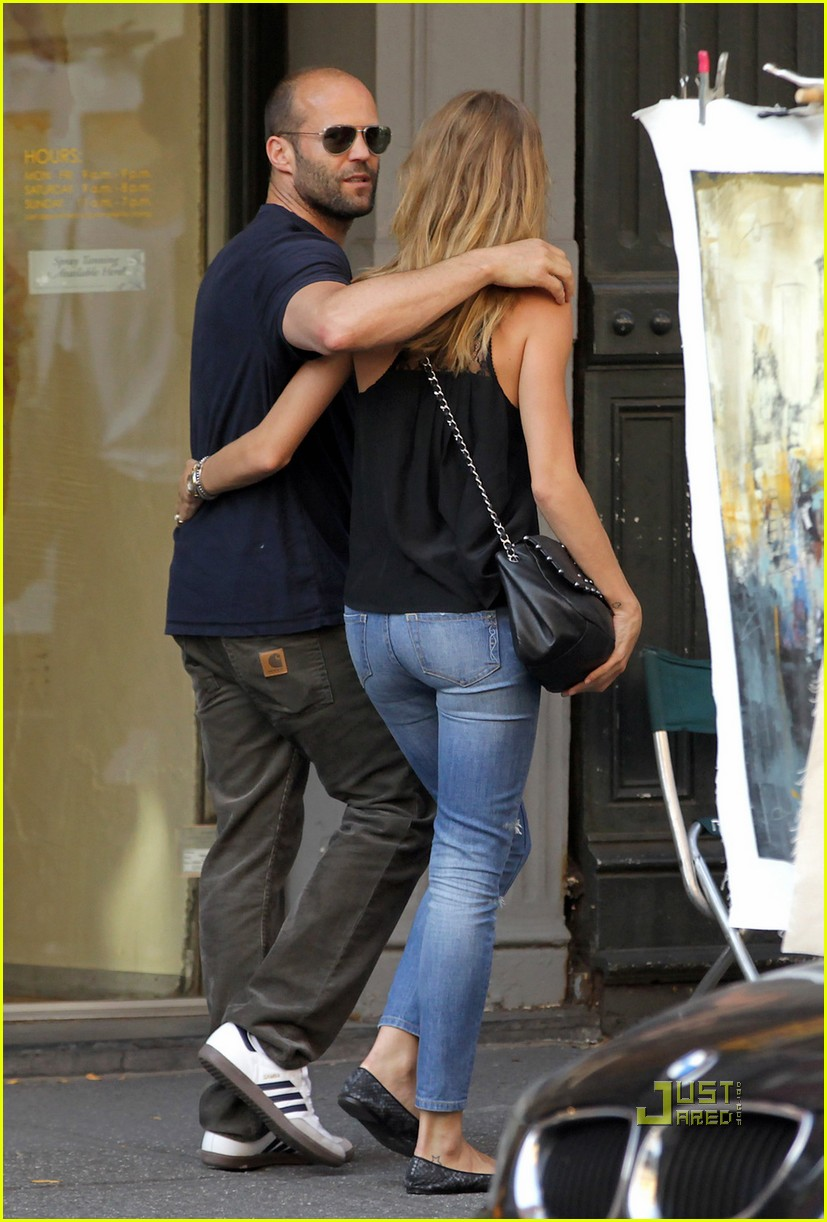 jason statham rosie huntington whiteley hail a cab 11