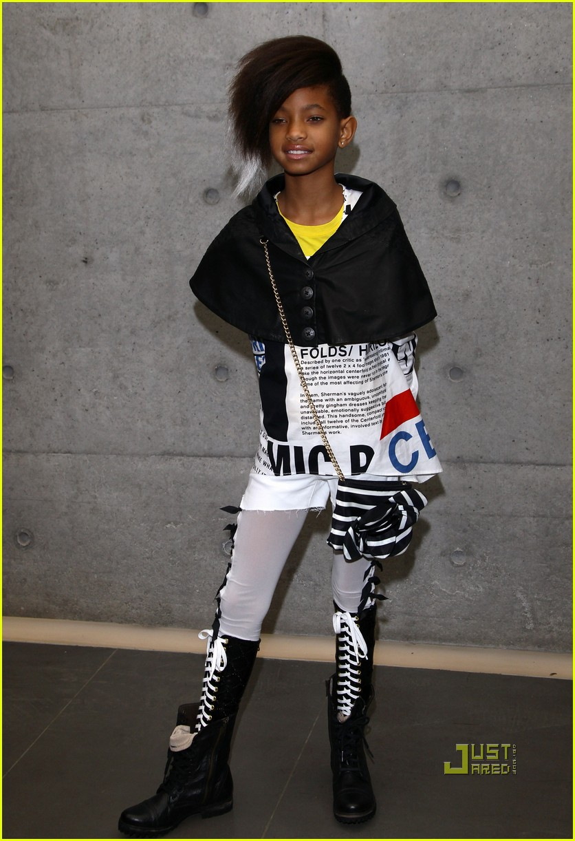 willow smith front row armani fashion show 05