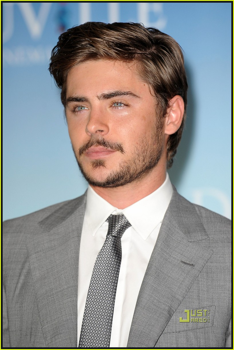 zac efron beard 222479086
