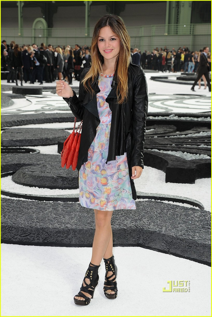rachel bilson chanel paris fashion week 022484924