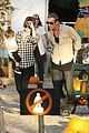 cam gigandet visits a pumpkin patch 09