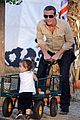 cam gigandet visits a pumpkin patch 13