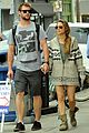 chris hemsworth elsa pataky lap venice 04