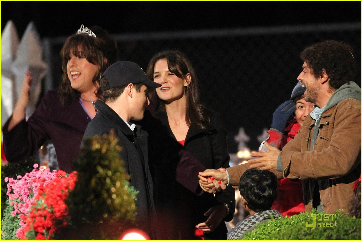 Katie holmes adam sandler christmas cross dressing for Jack and jill full movie free