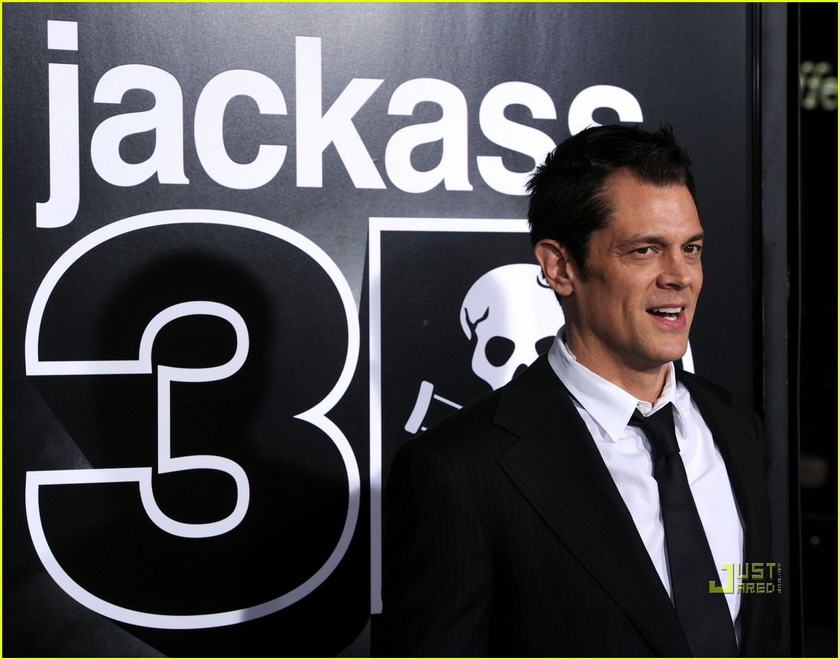 jackass 3d tops box office 01