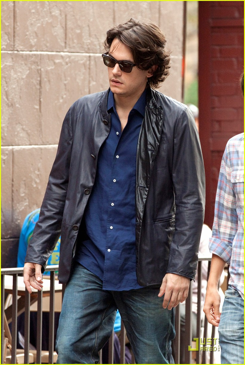 john mayer visits the west village 02