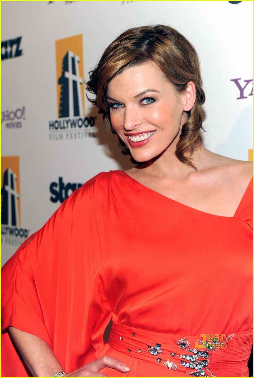 milla jovovich hollywood awards 042490457
