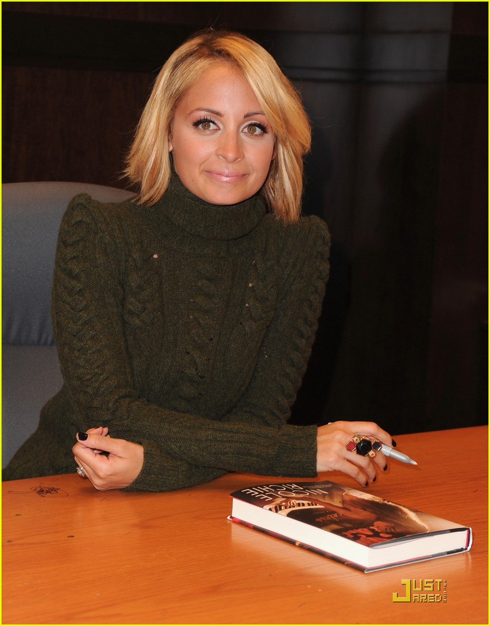 nicole richie is priceless 01