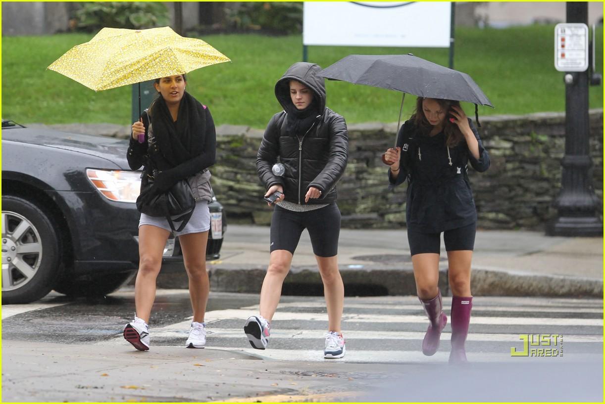 emma watson rainy workout 062485807