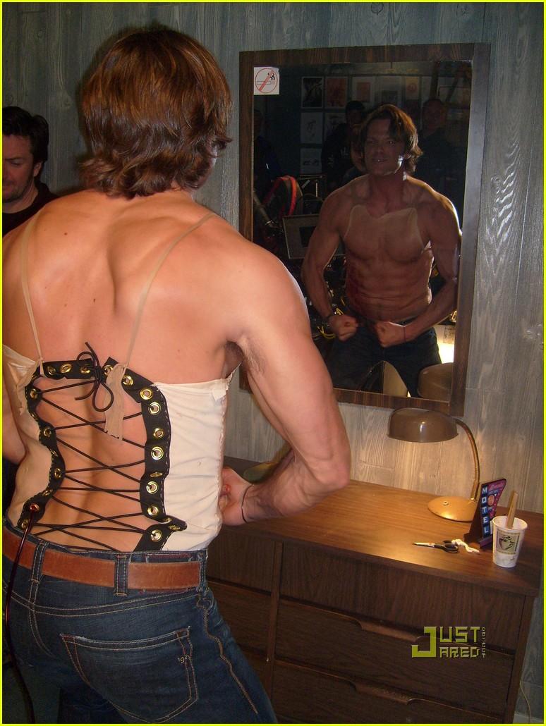 Jensen Ackles: Shirtless on 'Supernatural' Set!