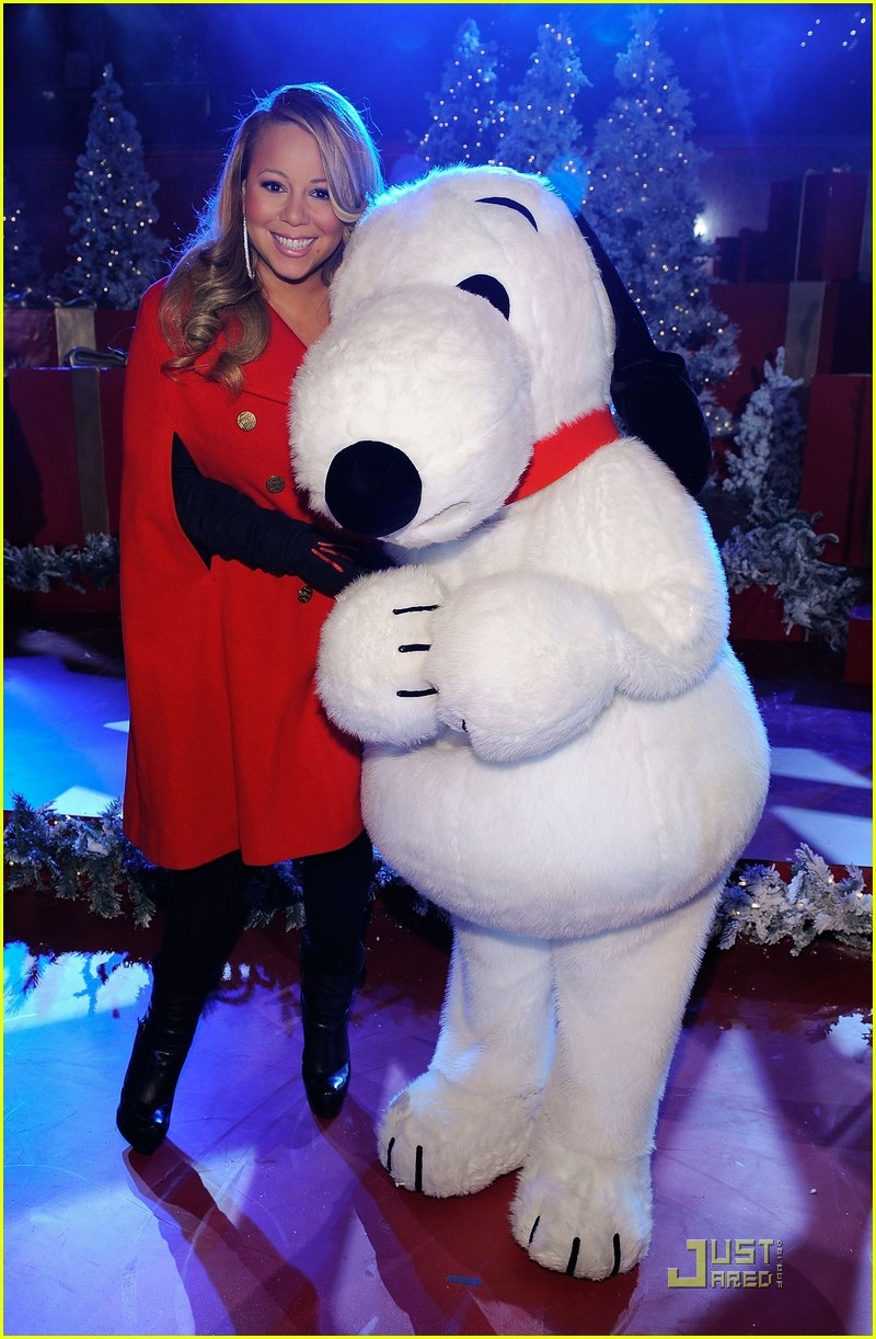 mariah carey snoopy 012496981