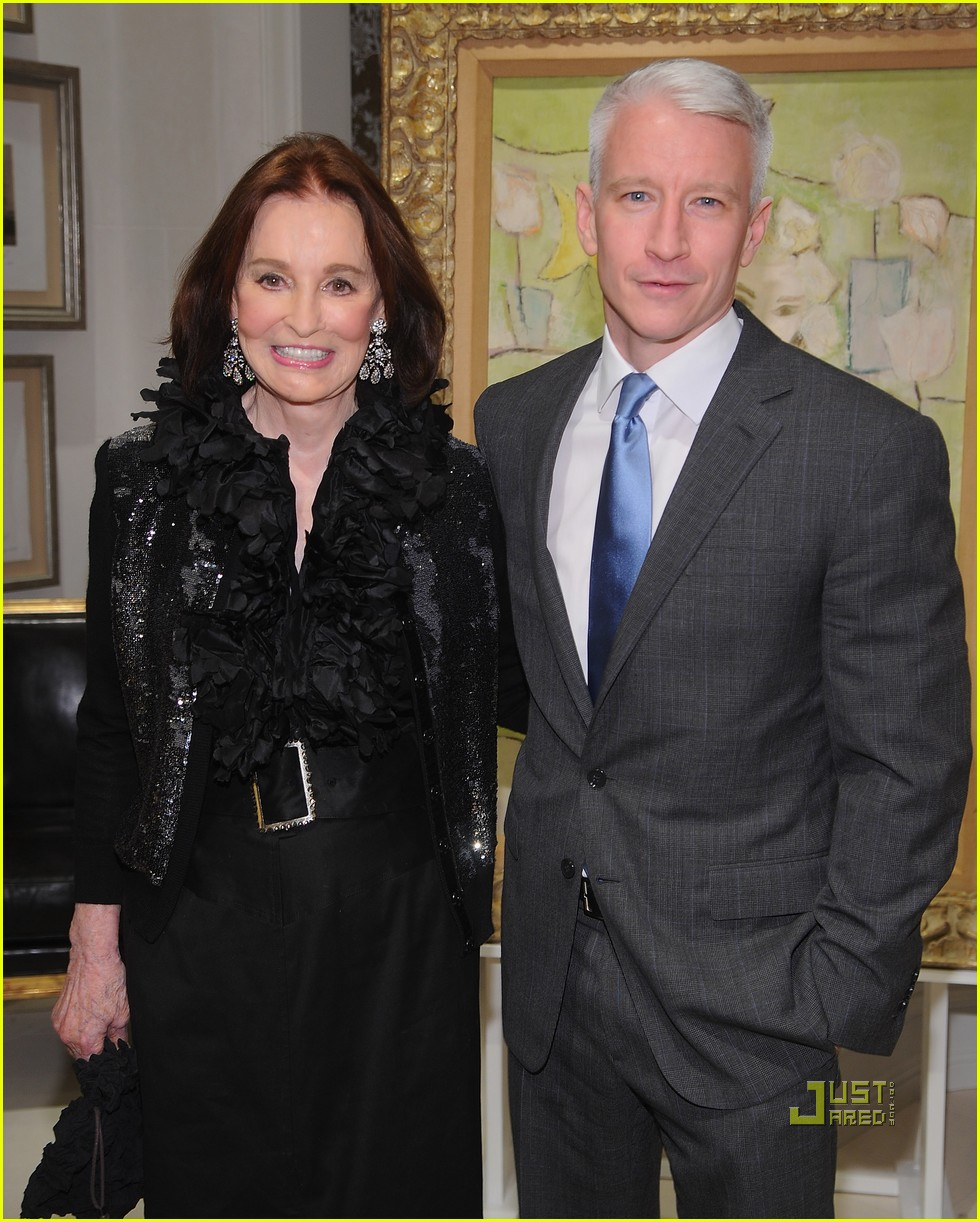 Anderson Cooper Helps Launch His Mom s Book  Photo 2493028 ... d4e149715c498