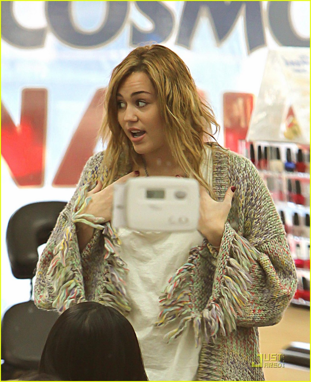 miley cyrus pampered mom 03