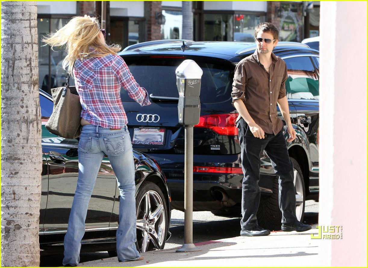 kate hudson matthew bellamy pacific palisades pair 12