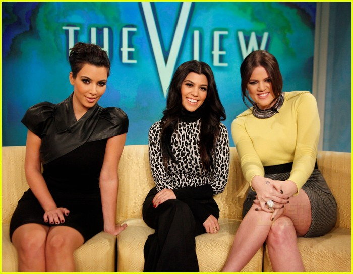 kim kardashian khloe kourtney the view 10