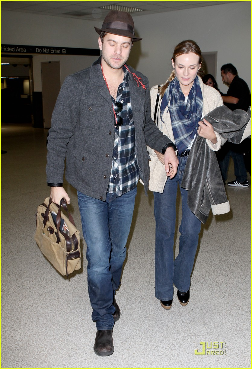 diane kruger joshua jackson lax 03