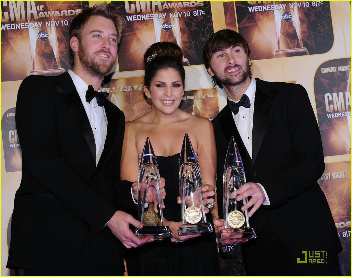 miranda lambert lady antebellum cma award winners 012494663