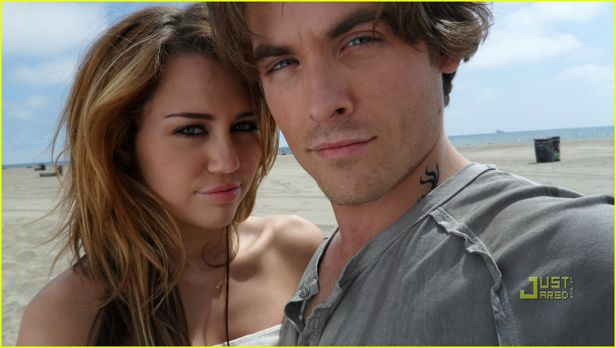 miley cyrus kevin zegers big bang 01