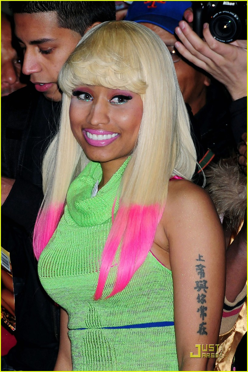 nicki minaj does david letterman 03