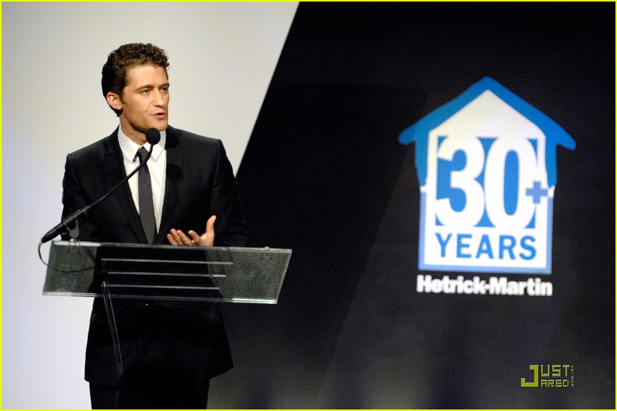 matthew morrison 2010 emery awards 09