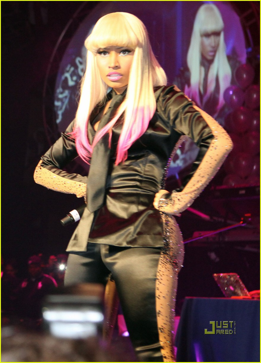 nicki minaj two faced suit 22