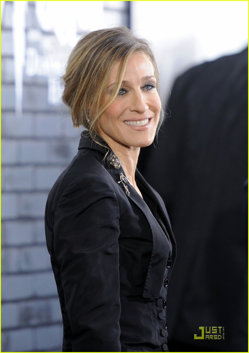 sarah jessica parker beauty in black 04