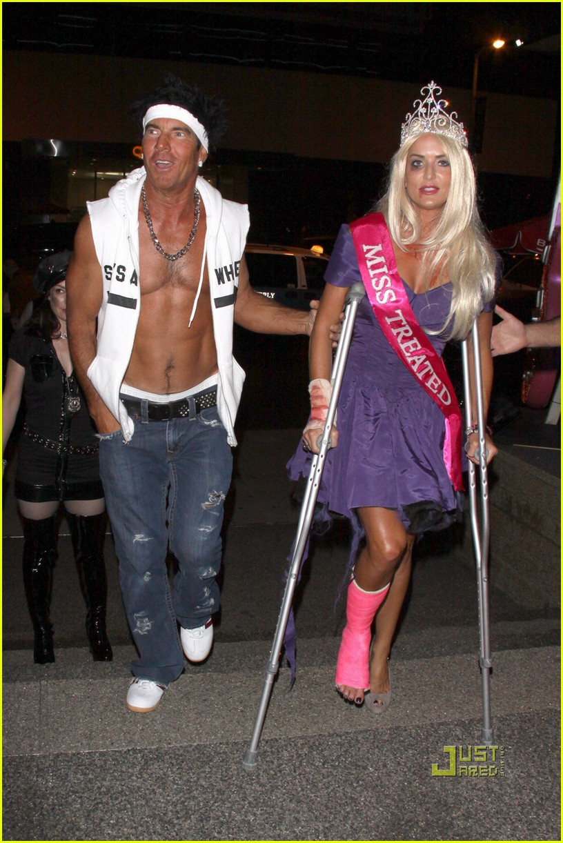 dennis quaid shirtless jersey shore guido for halloween 08