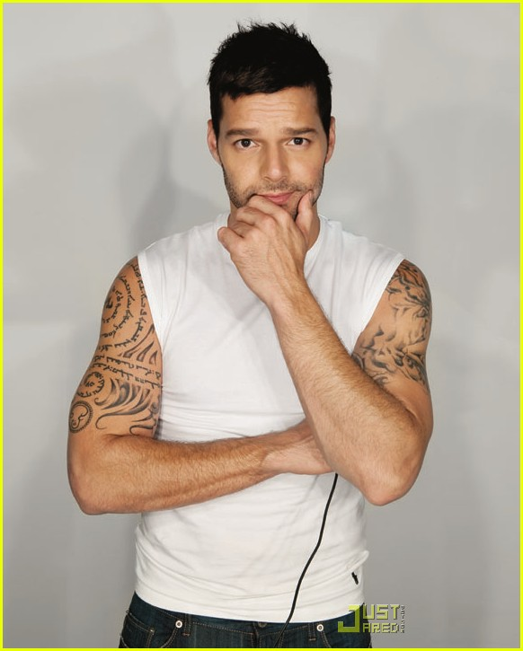 ricky-martin-out-magazine-cover-01.jpg