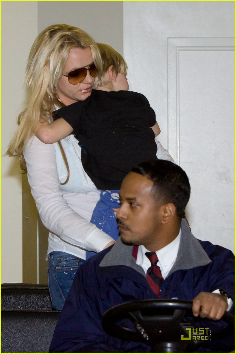 britney spears louisiana to los angeles 042499327