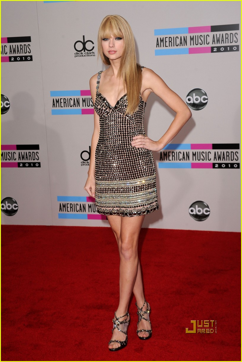 taylor swift amas red carpet 2010 05