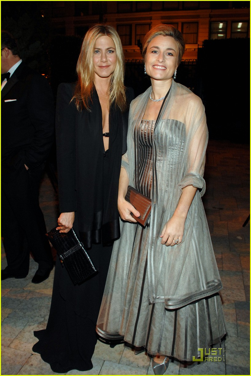 jennifer aniston dinner party prince robert 03