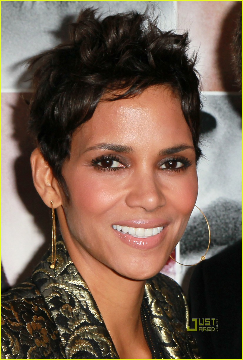 halle berry frankie and alice premiere 02