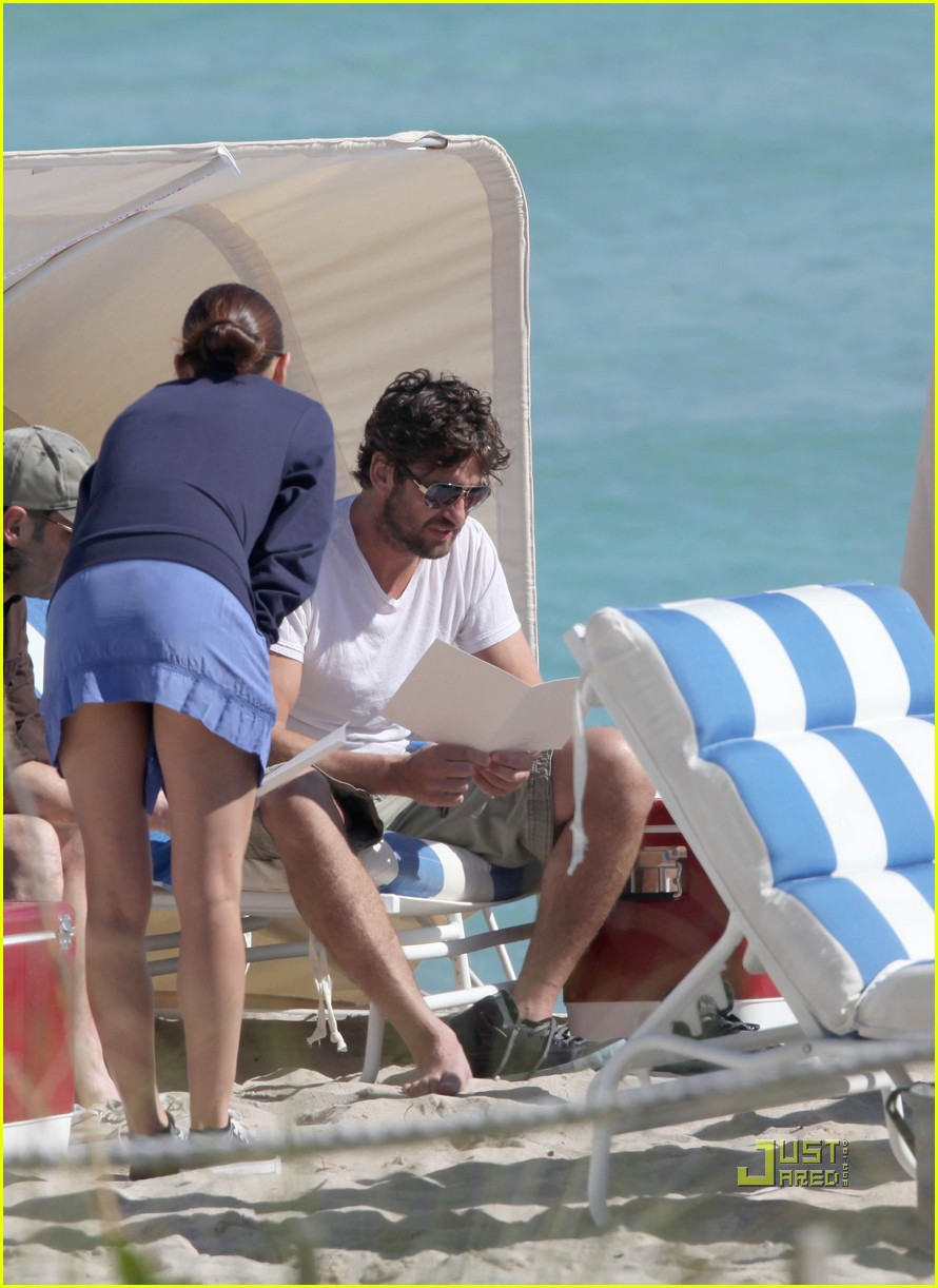 gerard butler south beach 062501437