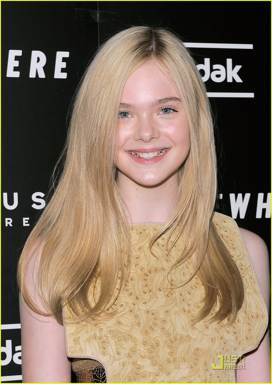 elle fanning somewhere nyc premiere 022503126