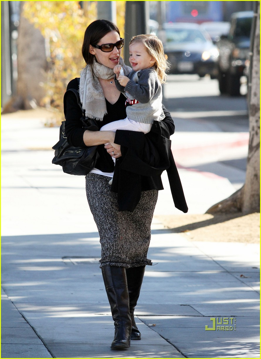jennifer garner color me mine momma 06