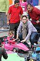 jennifer garner piggyback ride for violet 15