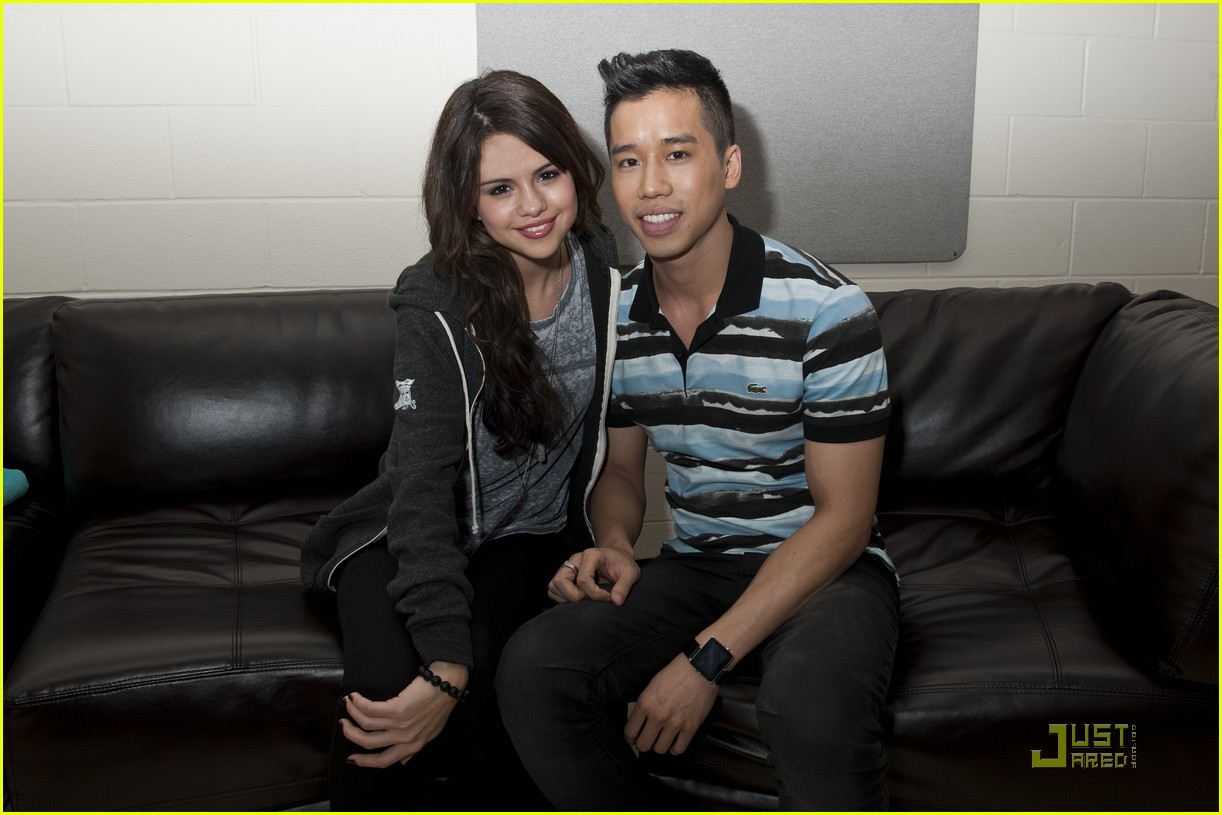 selena gomez jingle ball part 2 03
