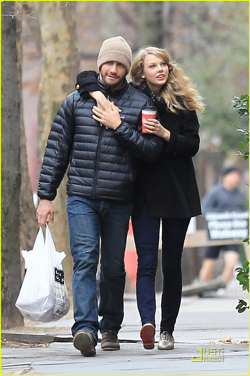 jake gyllenhaal taylor swift thanksgiving 062502028