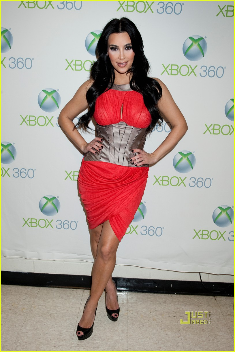 kim kardashian y100 jingle ball interview 02