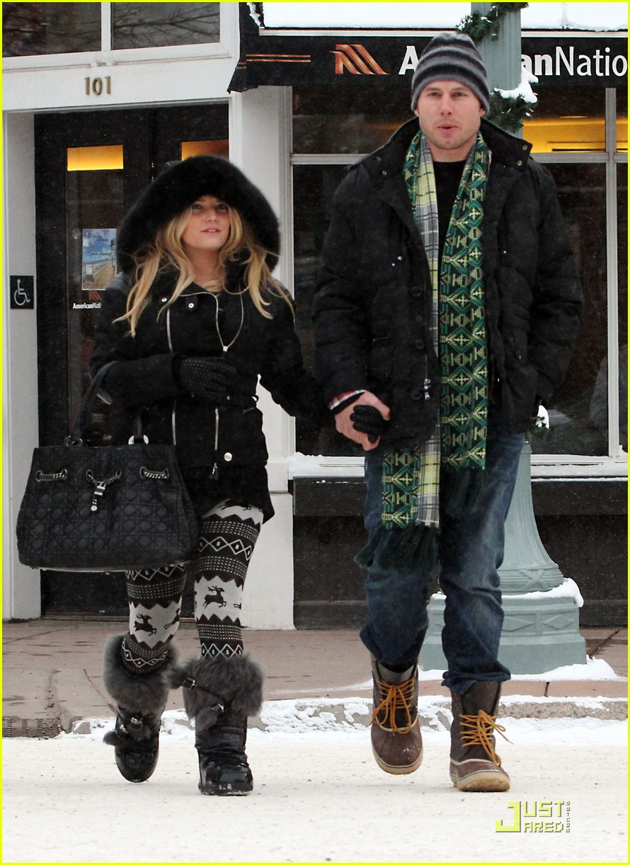 jessica simpson eric johnson snow 08