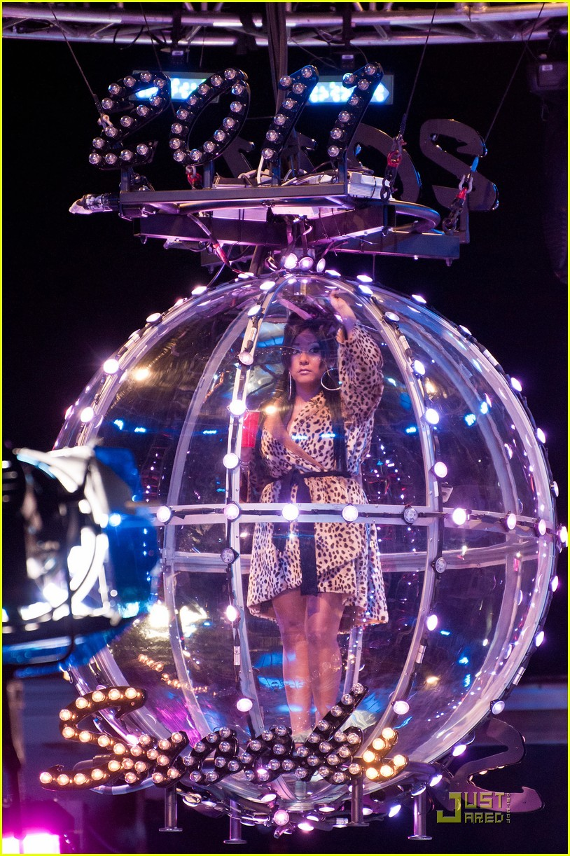 snooki new years eve ball drop preview 07